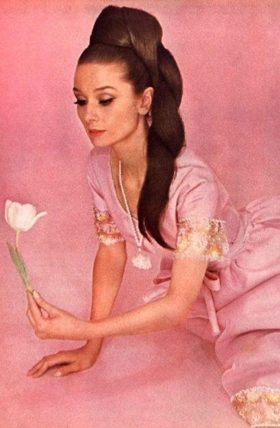 audrey_hepburn_long_hair_pink_dress
