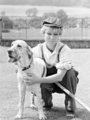 felicity_kendal_the_good_life_wearing_cap_and_with_dog
