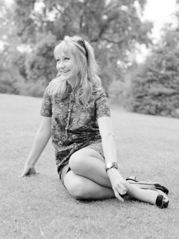 felicity_kendall_in_battersea_gardens_june_1967_3