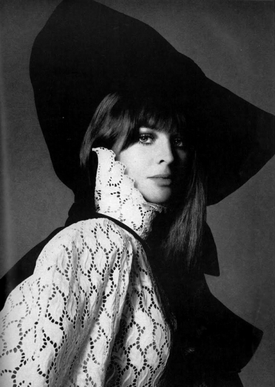 julie_christie_photographed_by_richard_avedon_1968