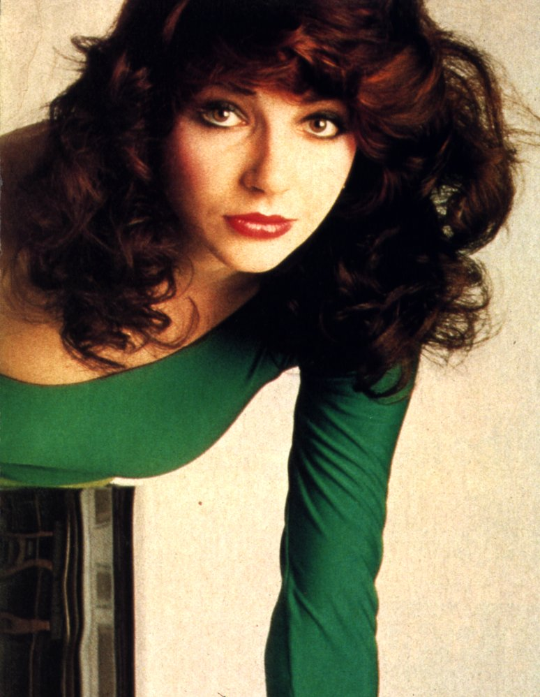 [Image: kate_bush_green.jpg]