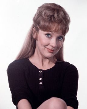 jackie_piper_black_top_publicity_shot