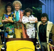 doctor_who_janet_fielding_colin_baker_nicola_bryant_john_nathan-turner_and_bessieon_the_dw_bus_tour_of_the_unted_states
