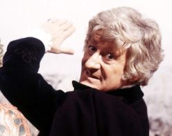 doctor_who_jon_pertwee_performing_a_venusian_judo_chop