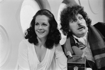 doctor_who_mary_tamm_k-9_and_tom_baker_with_half_a_comedy_moustache