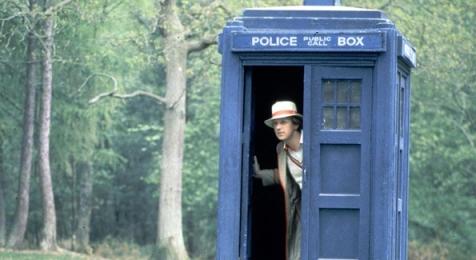 doctor_who_peter_davison_in_the_tardis_doorway