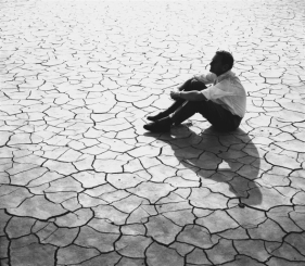 lawrence_of_arabia_david_lean_on_location_on_cracked_sand