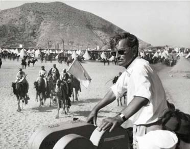 lawrence_of_arabia_david_lean_on_location_with_camera