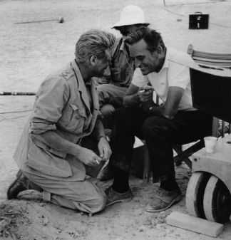 lawrence_of_arabia_peter_o'toole_and_david_lean_on_location