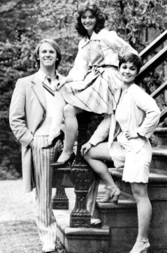 peter_davison_sarah_sutton_and_janet_fielding_in_legs_showing_publicity_shot