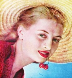 capucine_young_with_cherries
