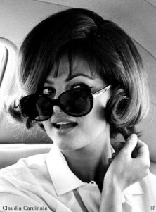 claudia_cardinale_in_sunglasses