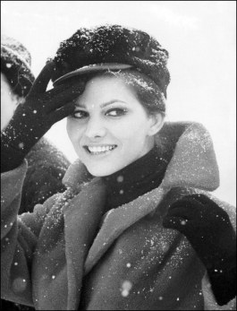 claudia_cardinale_wearing_cap_in_the_snow