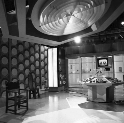 doctor_who_original_tardis_console_room_from_first_ever_episode_an_unearthly_child