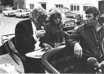 doctor_who_jon_pertwee_eating_lunch_with_katy_manning_and_john_levene_in_bessie