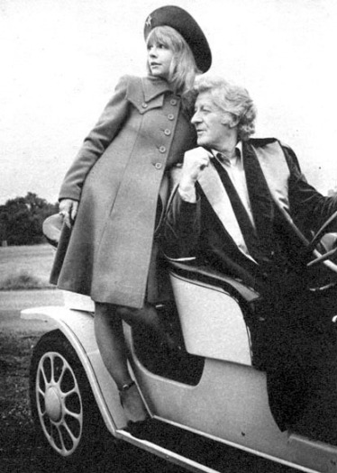 doctor_who_katy_manning_and_jon_pertwee_in_bessie