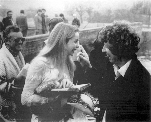 doctor_who_lalla_ward_and_tom_baker_goofing_around