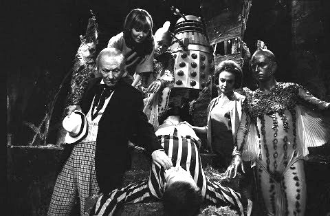 Les chroniques du Docteur- Ze return back (Doctor Who inside) - Page 3 Doctor_who_william_hartnell_the_chase