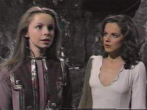 mary_tamm_and_lalla_ward_2