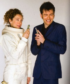 doctor_who_alex_kingston_and_david_tennant_publicity_pose