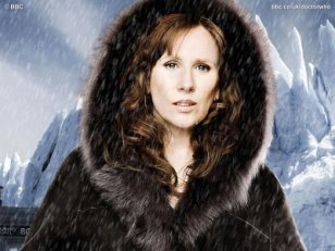 doctor_who_catherine_tate_in_furs_the_planet_of_the_ood