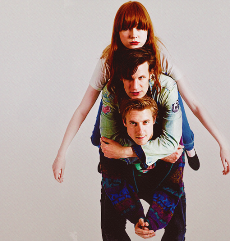 doctor_who_karen_gillan_matt_smith_and_arthur_darvill_sandwich