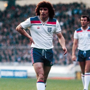 england_kits_1980-83_home