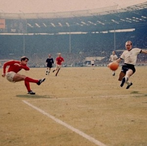 england_players_geoff_hurst