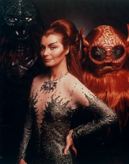 catherine_schell_as_maya_in_space_1999_with_monsters