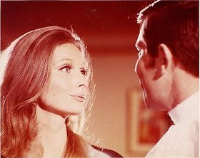 catherine_schell_in_a_scene_with_george_lazenby_in_on_her_majesty's_secret_service