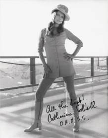 catherine_schell_posing_in_swinging_alpine_gear_in_on_her_majesty's_secret_service