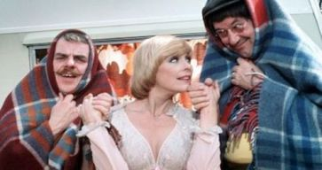 elke_sommer_with_windsor_davies_and_jack_butterworth_in_carry_on_behind