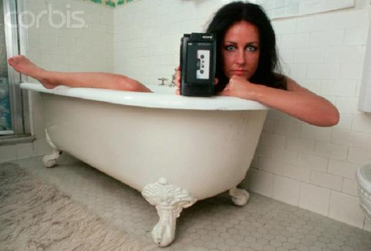 Grace Slick in a Bathtub