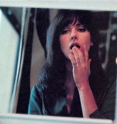 grace_slick_touching_lower_lip