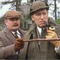 tom_baker_sherlock_holmes_in_the_hounds_of_the_baskervilles_1982