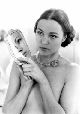 michelle_phillips_with_hair_tied_back_and_holding_mirror_by_cynthia_mcadams