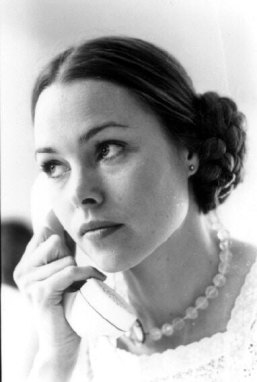 michelle_phillips_with_hair_tied_back_and_on_telephone_by_cynthia_mcadams