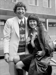 tom_baker_and_elisabeth_sladen_meet_the_press_on_his_announcement_as_new_doctor_in_1973
