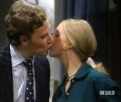liza_goddard_and_colin_baker_kissing