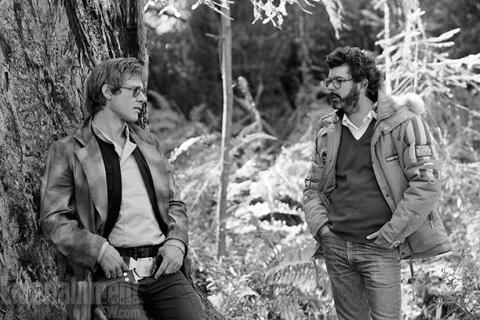 return_of_the_jedi_george_lucas_wishing_he_could_look_as_cool_as_harrison_ford