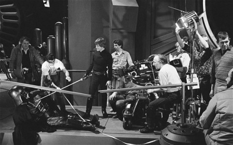 return_of_the_jedi_mark_hamill_and_david_prowse_rehearsing_climax