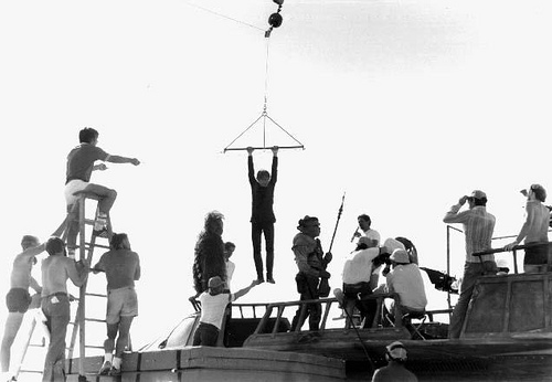 return_of_the_jedi_mark_hamill_left_hanging_during_jabba's_barge_shoot