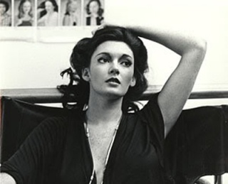 sarah_douglas_young_hand_in_hair