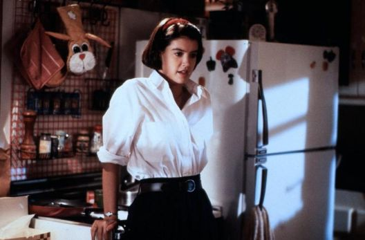 phoebe_cates_gremlins_2_wearing_white_shirt