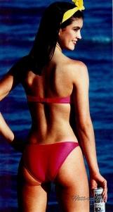 phoebe_cates_modelling_pink_bikini_2