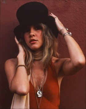 stevie_nicks_wearing_red_dress_and_top_hat