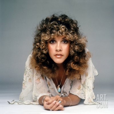 stevie_nicks_with_curly_hair_lying_on_floor