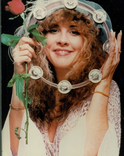 stevie_nicks_with_rose_and_tambourine