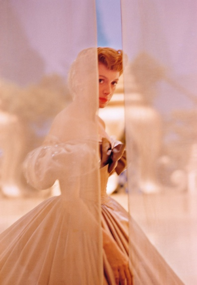 deborah_kerr_1956_photographed_by_co-star_yul_brynner_on_the_set_of_the_king_and_i