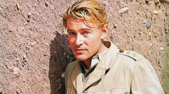peter_o'toole_1962_lawrence_of_arabia_publicity_shot